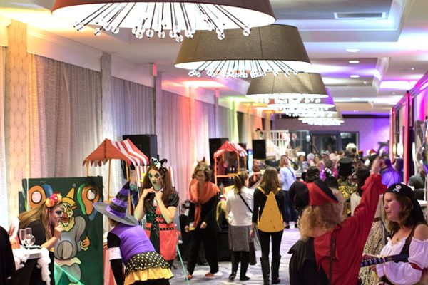 Gala 2019 Haunted Carnival hallway